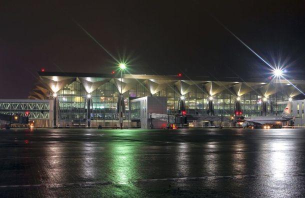 Ночью вПетербург прилетит вывозной рейс изШанхая