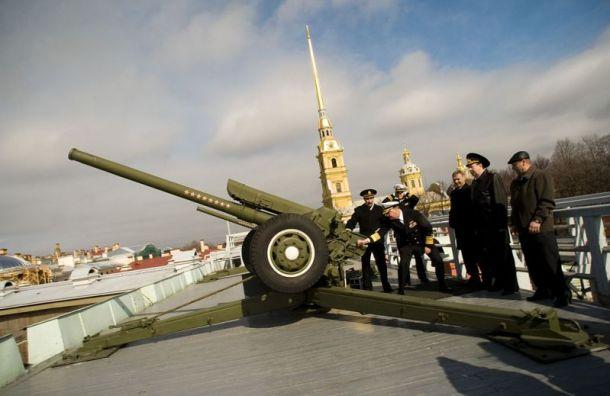 Медики в День города произведут выстрел из пушки Петропавловской крепости