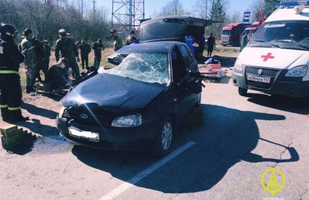 Пять человек пострадали вДТП под Петергофом