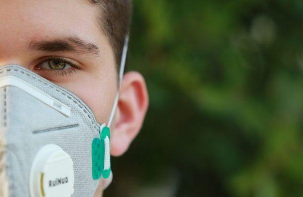 Более 450 новых случаев COVID-19 обнаружили вПетербурге