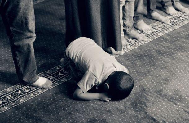 Путин просит мусульман отметить Ураза-Байрам дома