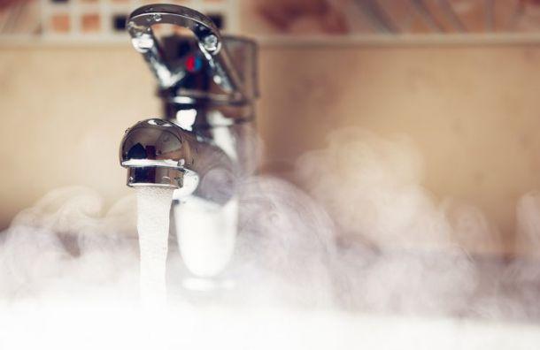 Стационары иполиклиники Петербурга небудут отключать отгорячей воды