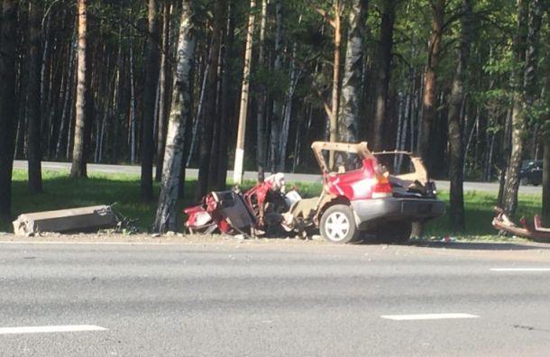 Водитель Subaru получил тяжелые травмы вДТП наПриморском шоссе