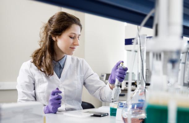 Более 10 медицинских центров участвуют виспытаниях препарата против COVID-19