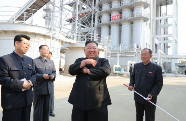Путин наградил медалью Ким Чен Ына кюбилею Победы вВеликой Отечественной войне