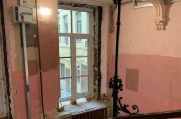 Дом Черткова наГороховой лишается исторических окон
