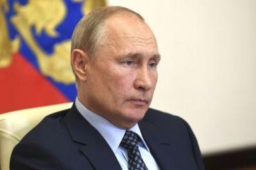 Путин распорядился выделить 1 млрд рублей для закупки СИЗ для волонтеров