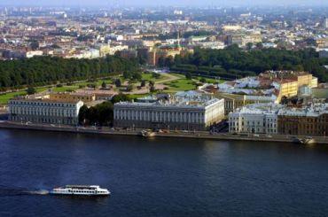 Беглов иМакаров поздравили петербуржцев сДнем города