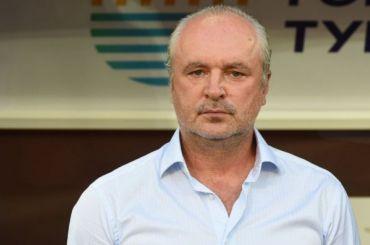 Главный тренер «Ахмата» назвал «ноющих» оденьгах россиян дармоедами