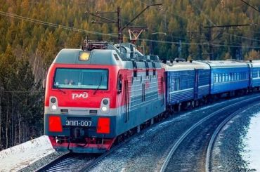 Пять поездов прибыли вПетербург сопозданием из-за поломки
