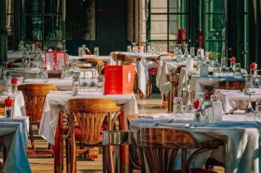 Малый исредний бизнес назвал рестораны самыми пострадавшими откризиса