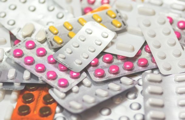 Петербургские аптеки попросили разрешения торговать лекарствами дистанционно