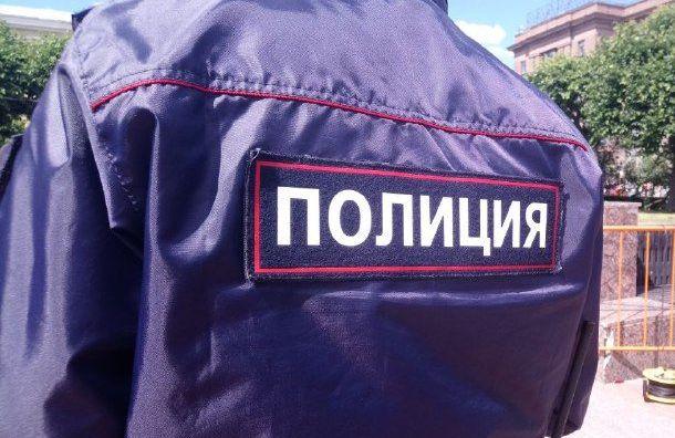 Стало известно имя полицейского, напавшего накорреспондента «Медиазоны»