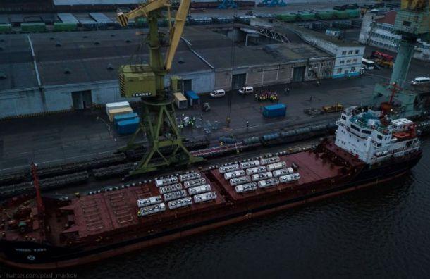 Около 600 тонн радиоактивных отходов снова попадут вПетербург
