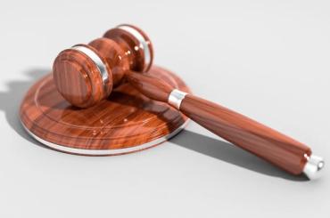 Суд дал условный срок мужчине, укравшему 4 тысячи медицинских масок