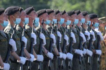 Фоторепортаж: как выглядела репетиция парада Победы наДворцовой площади