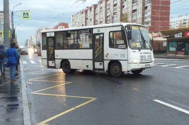 Почти 100 маршруток вернули наулицы Петербурга