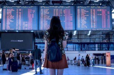 Путешествие изПетербурга вМоскву несостоится: ваэропорту Пулково отменяют самолеты