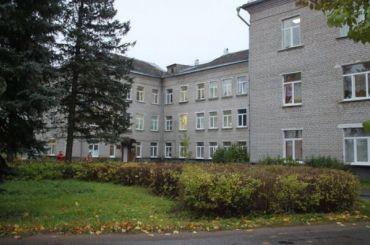 Персонал Волосовской больницы неверит, что неработал сCOVID-19