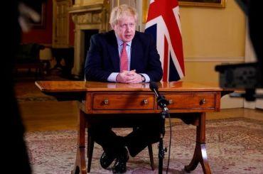 Борис Джонсон возмутился нападением протестующих напамятник Черчиллю