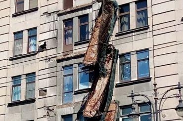 Жилинспекция отчиталась осостоянии балконов ифасадов вПетербурге