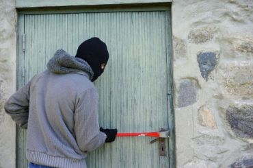 Петербург обогнал Москву почислу домашних краж