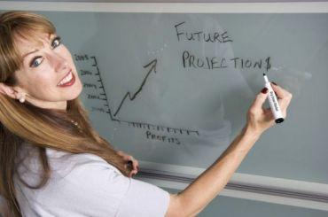 Почти 300 тысяч учителей отзовут изотпуска для проведения ЕГЭ