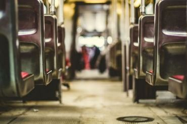 Автобусы начнут регулярно ходить между Москвой иПетербургом с25июня