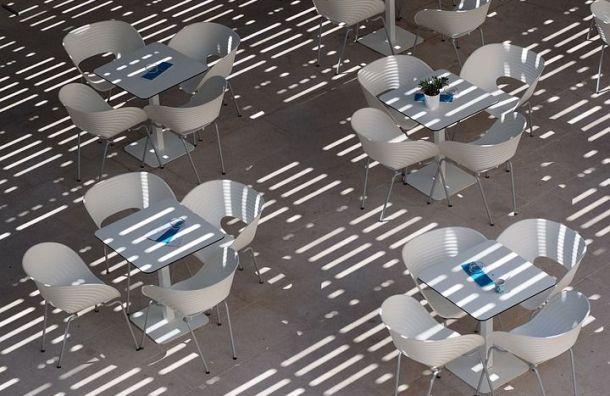 Как будут работать летние кафе вПетербурге поупрощенному порядку