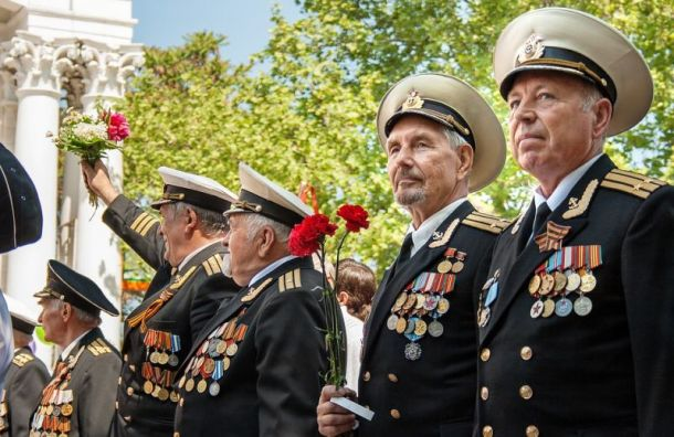 Парад наДворцовой посетят 200 ветеранов