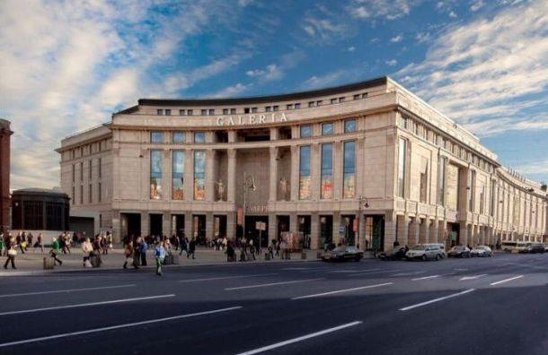 Владельцы петербургскихТЦ хотят пожаловаться вФАС наСмольный