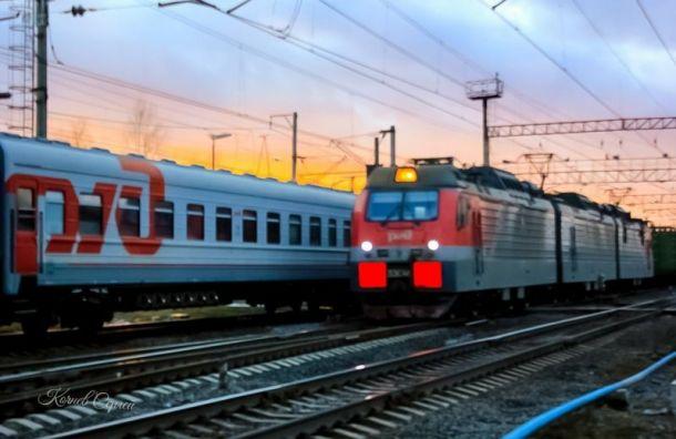 Поезд Белгород— Петербург задерживается из-за схода состава срельсов