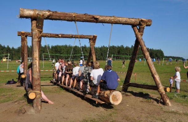 Возобновили работу 16 детских лагерей Петербурга