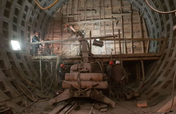 Метрострой рассказал, как укрепляют тоннели строящейся «Театральной»