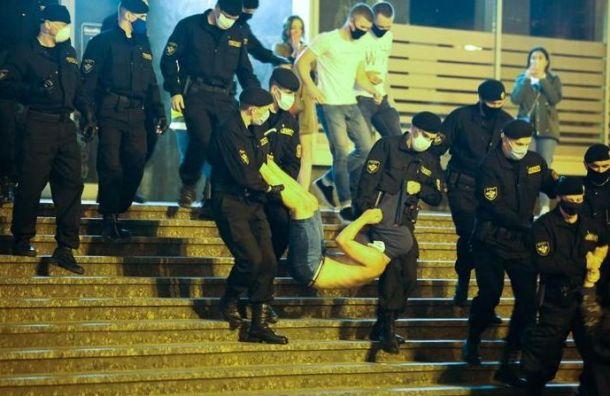 Задержания протестующих вМинске переросли встычку сОМОНом