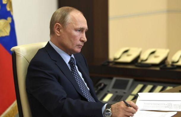Путин поручил полностью восстановить рынок труда кследующем году