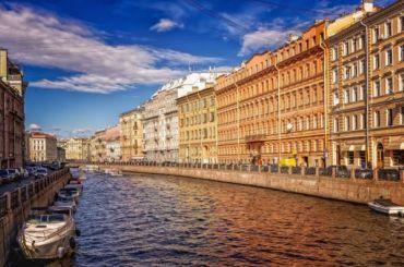 Петербург попал под влияние теплого циклонического вихря