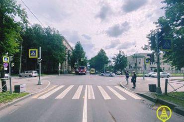 Четыре человека пострадали вДТП наулице Веры Слуцкой