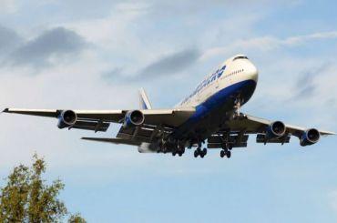 Пассажирский самолет совершил аварийную посадку вСимферополе