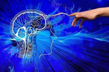 COVID-19 может привести квоспалению головного мозга иинсульту