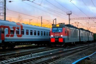Поезд Белгород— Петербург задерживается из-за схода состава срельс