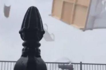 Смерч нанабережной вСочи испугал туристов