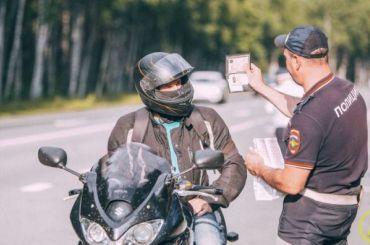 Петербургские полицейские гонялись забайкерами без прав