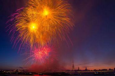 Петербургское небо вчесть Дня ВМФ озарят три тысячи фейерверков