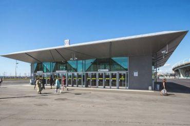 «Метрострой» восстановит отделку «Новокрестовской» кконцу лета