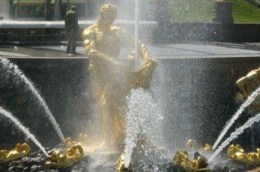 ГМЗ «Петергоф» отменил Осенний праздник фонтанов в2020 году