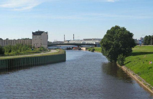 Эксперты назвали самые грязные реки вПетербурге