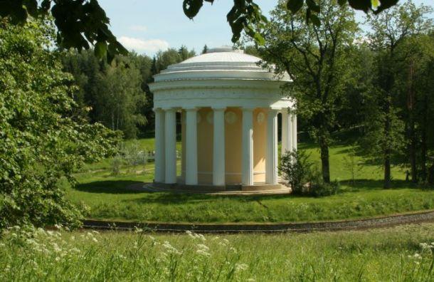«Самый большой букет Петербурга» покажут вхраме Дружбы Павловского парка