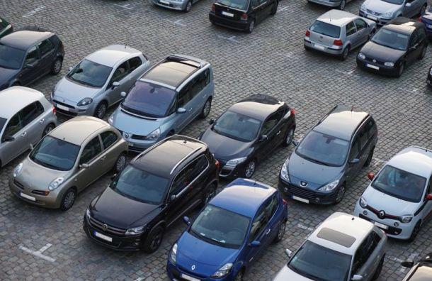 Платные парковки за5 лет пополнили казну Петербурга на350 млн рублей