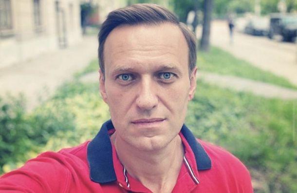 Омских врачей просят непрепятствовать перевозке Навального вдругую клинику